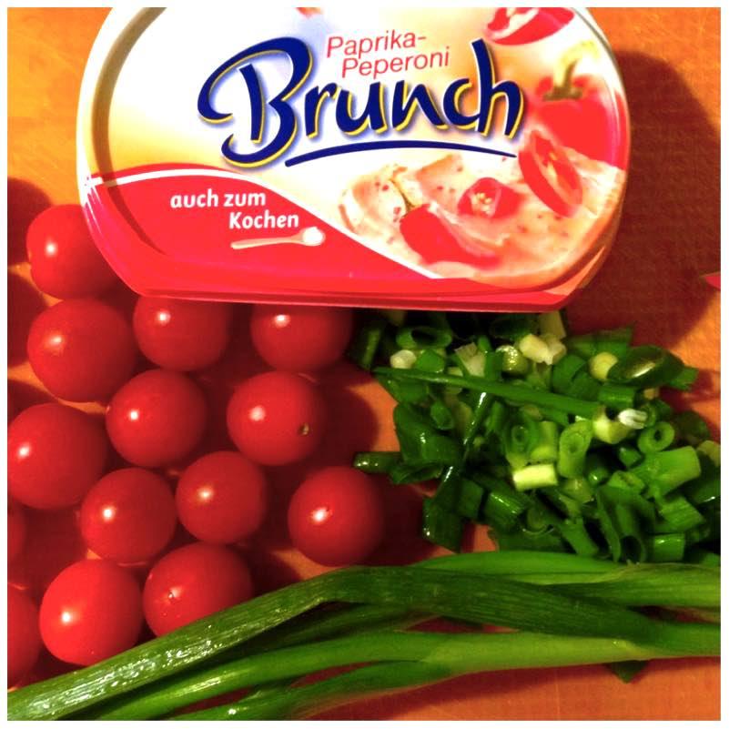 Garnelen mit Tomaten und Brunch