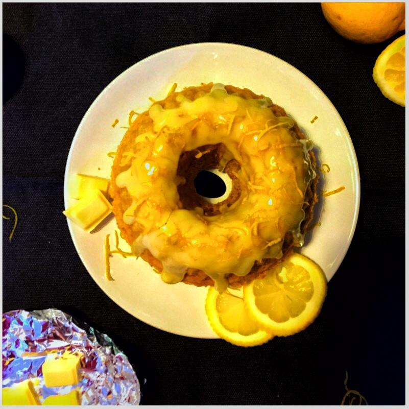 White Lemon Choc Cake - Fluffiger Eiweißkuchen