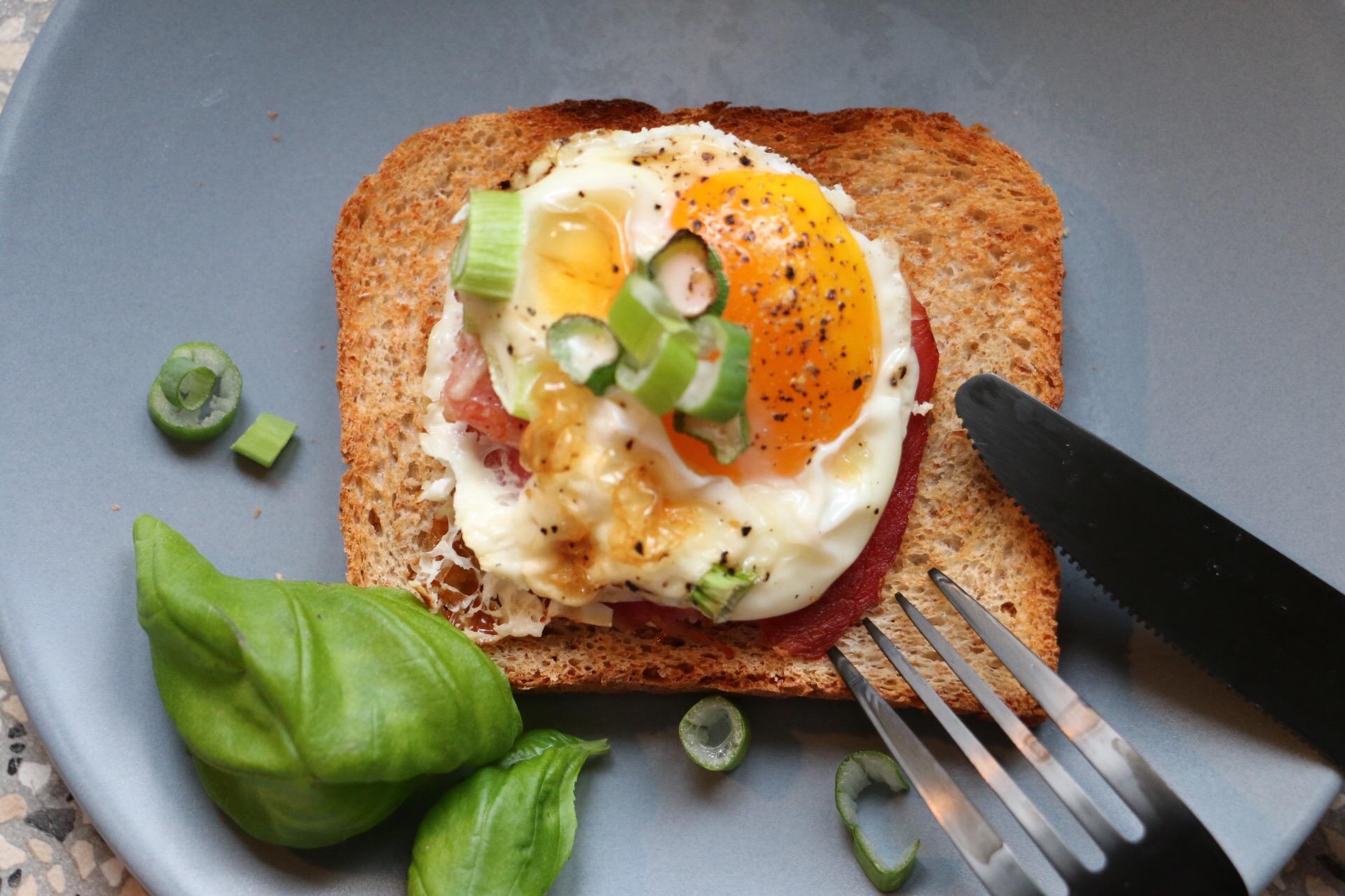Bake fast - Egg 'n Bacon Muffins von eat blog love