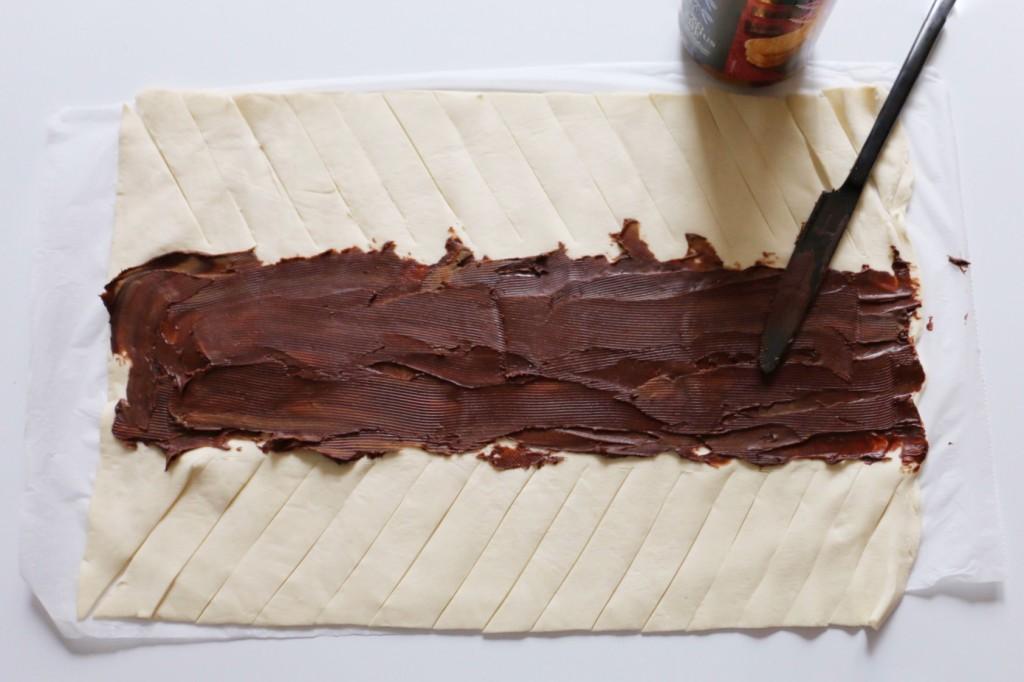 Easy Peasy Schokoladenstrudel mit Blätterteig von eat blog love