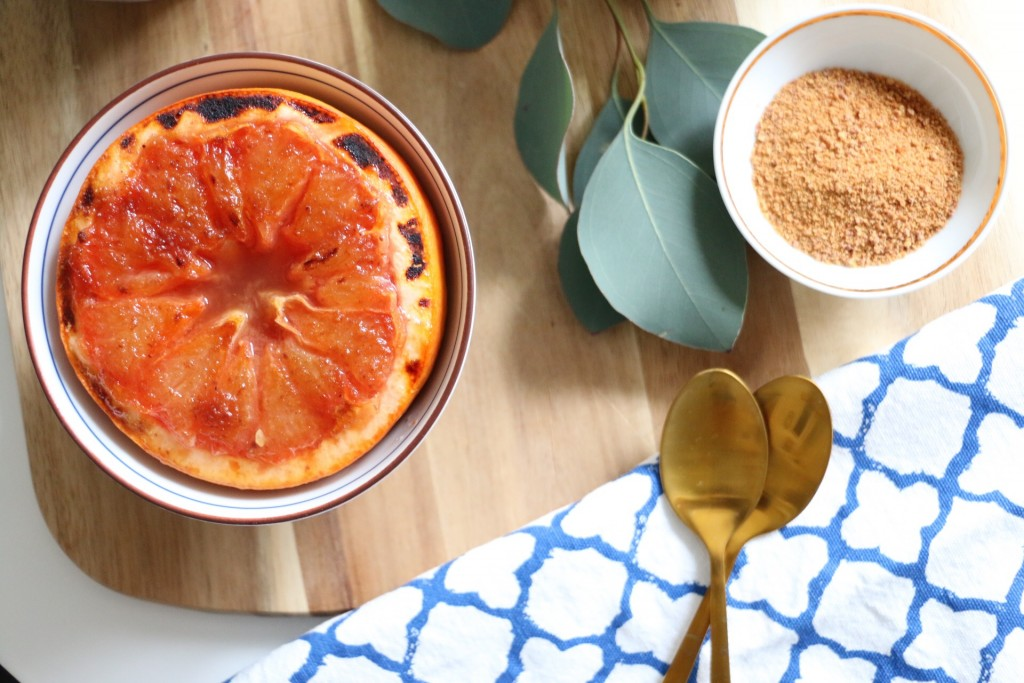 Karamellisierte Grapefruit mit Kokoscreme by eat blog love