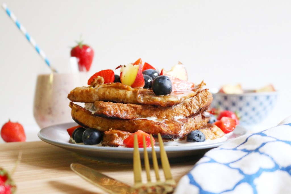 French Toast mit Kokoscreme & frischem Obst by eat blog love