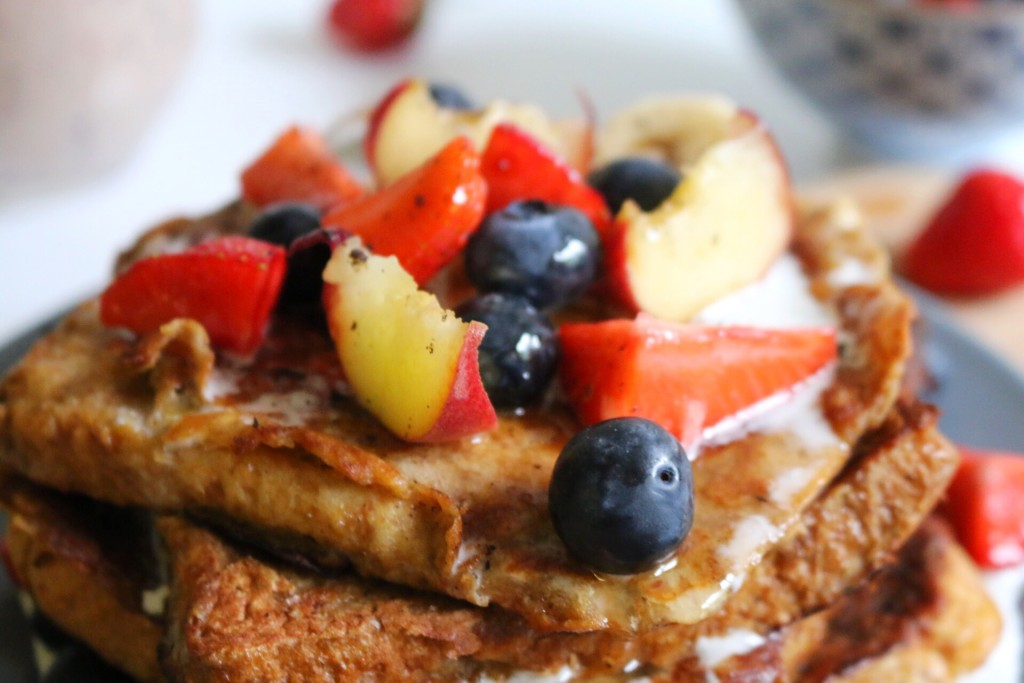 French Toast mit Kokoscreme & frischem Obst by eat blog love_4