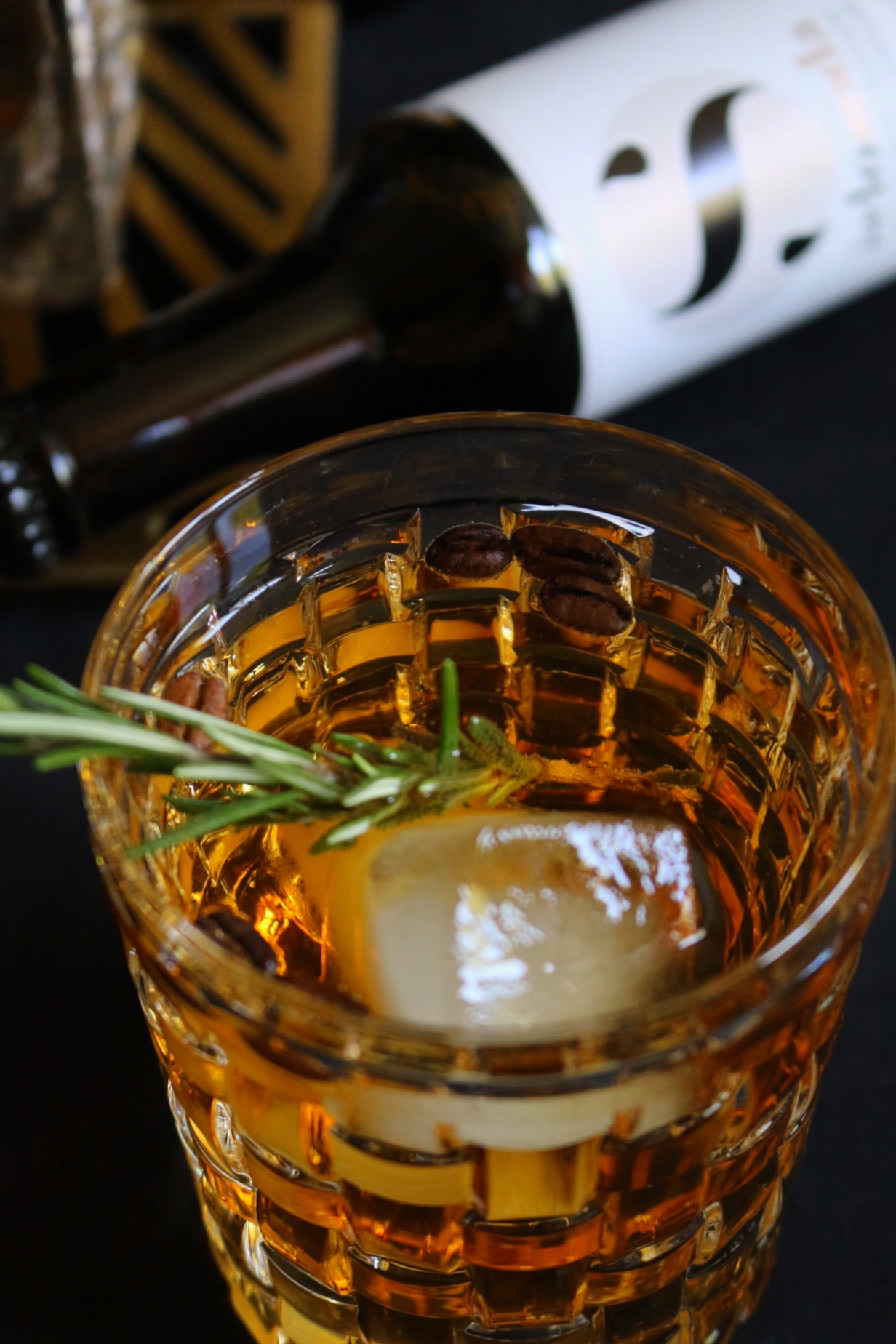 Gin & Koffein - Gin meets Selosoda by eat blog love_3