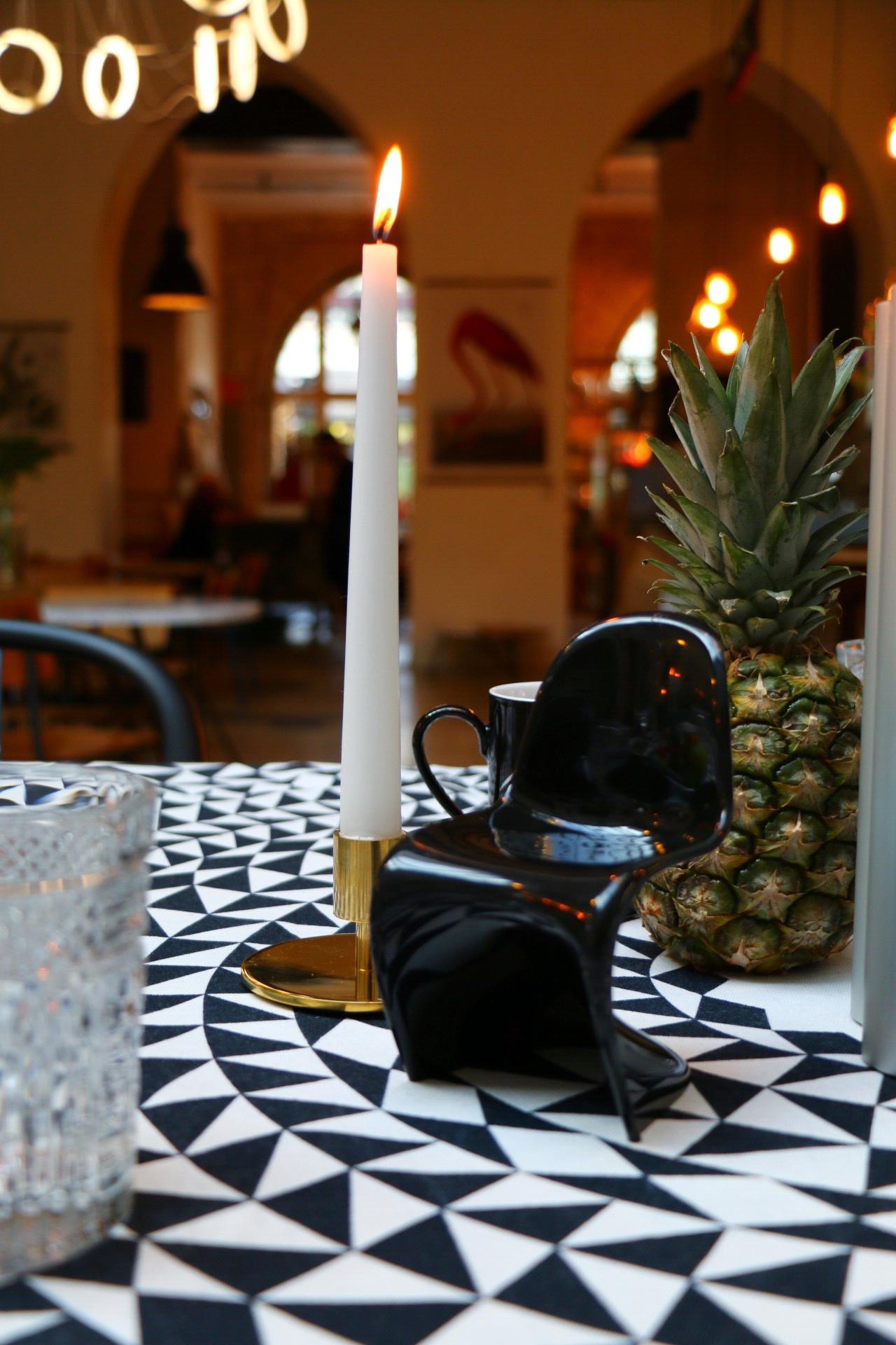 Panton Chair Miniatur - Vitra Summer Dinner in Berlin by eat blog love