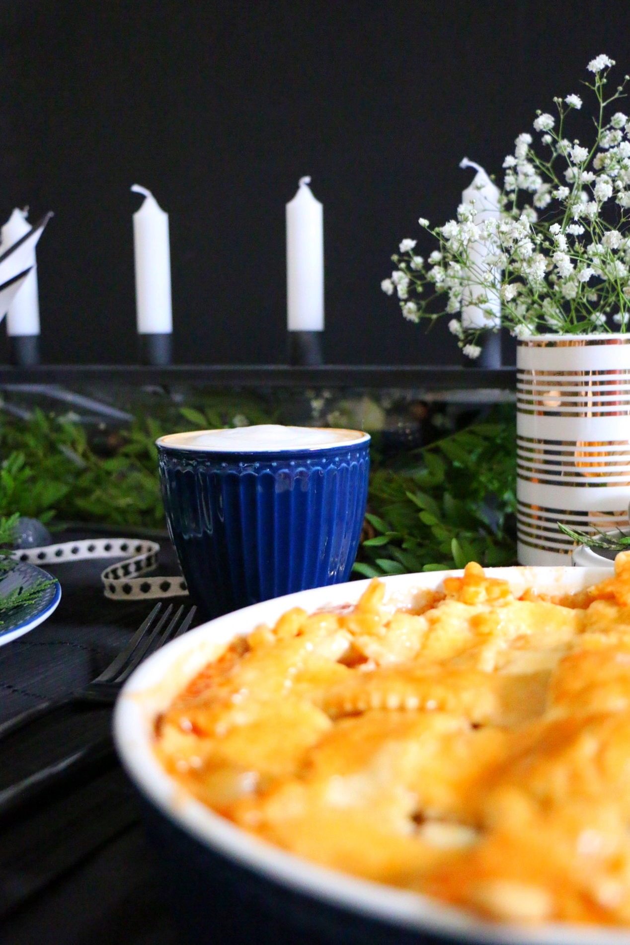 Getting ready for Xmas - Danish Table Setting by eat blog love