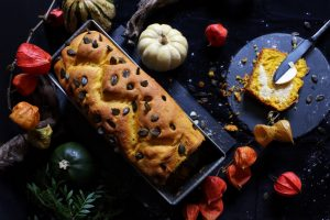 Pumpkin Bread - Frisches Kürbisbrot by eat blog love