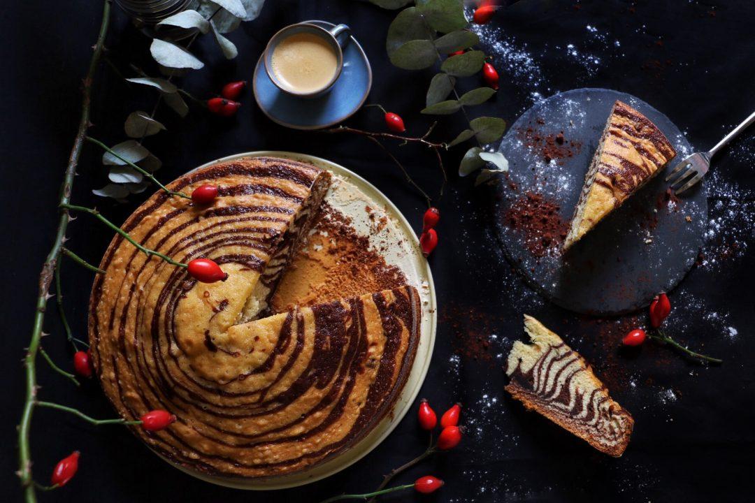 Zebrakuchen - Marmorkuchen im Zebra Look by eat blog love