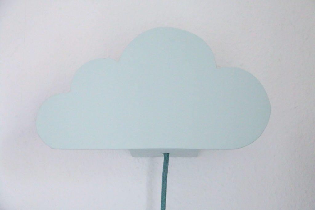 DIY Cloud Lamp - Wolkenleuchte für die Wickelecke by eat blog love