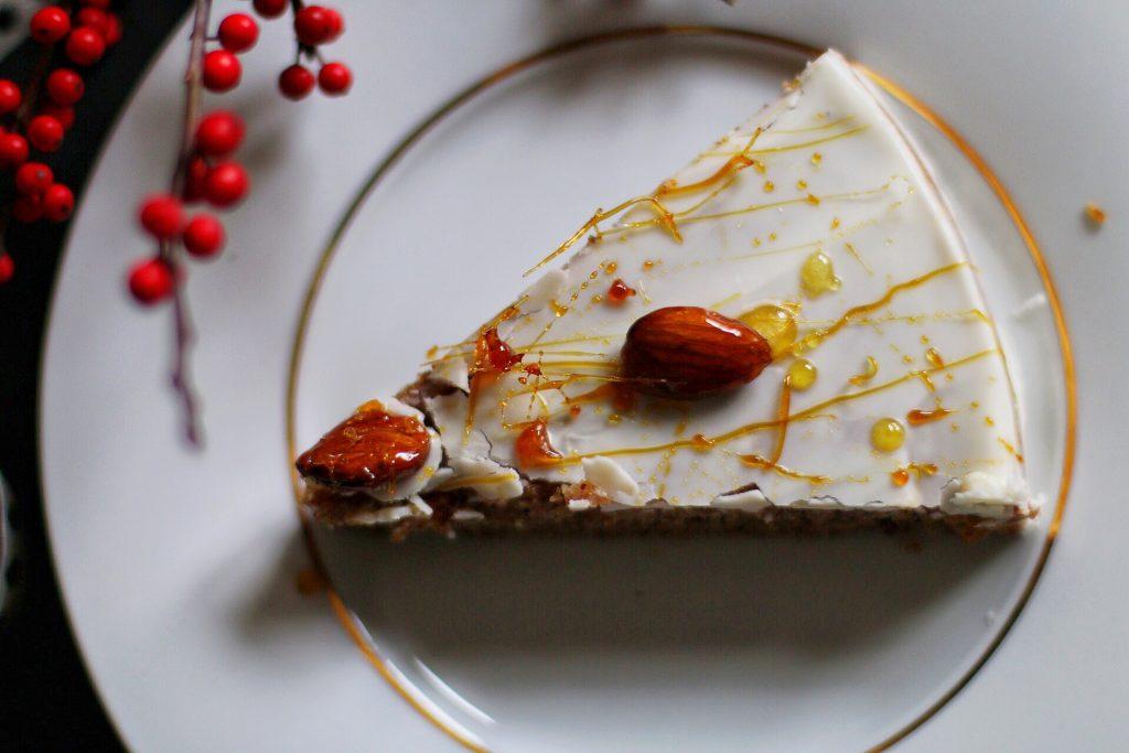 Easy peasy Nut Cake - der einfachste Nusskuchen der Welt by eat blog love