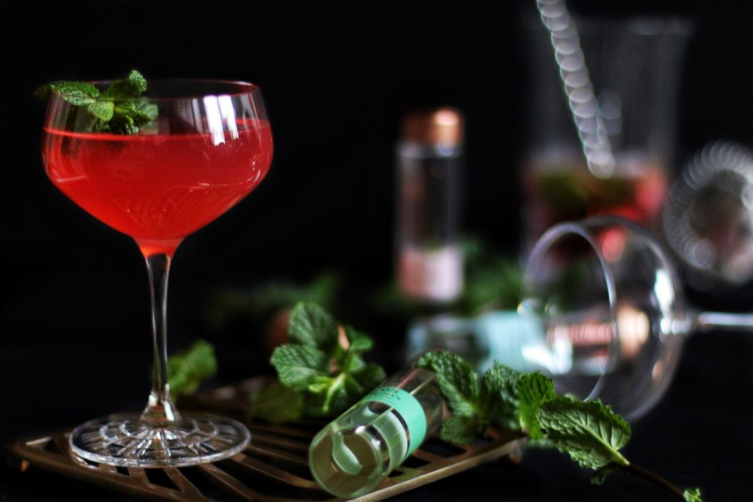 The Taste of Audrey - New Years Gin Cocktail by eat blog love