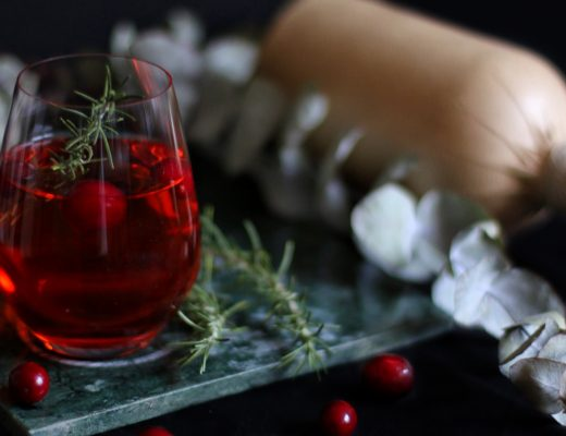 Cranberry Gin Fizz by eat blog love