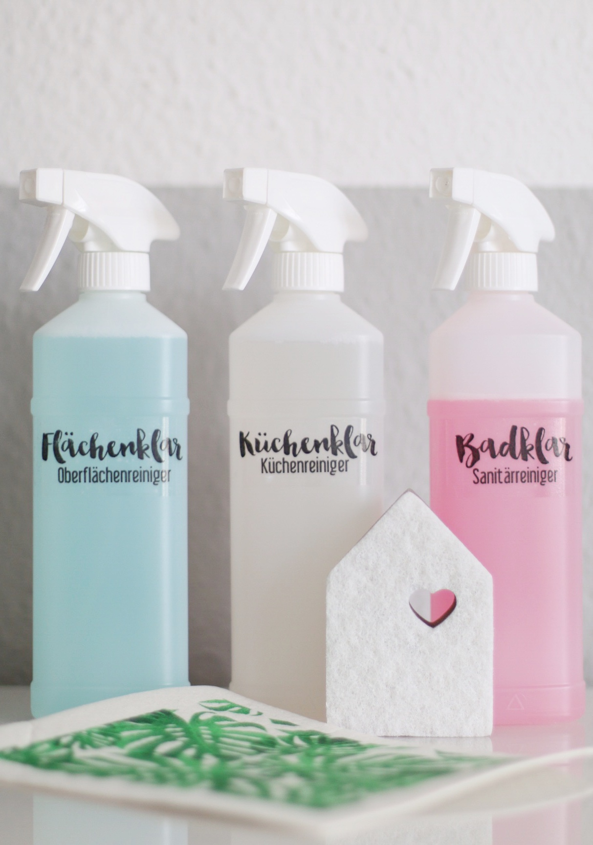 DIY - Reinigungsmittel stilvoll beschriften by eat blog love