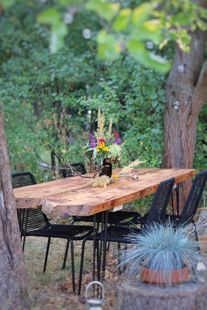 wie baue ich einen tisch aus alten holzbohlen selber archive eat blog love. Black Bedroom Furniture Sets. Home Design Ideas